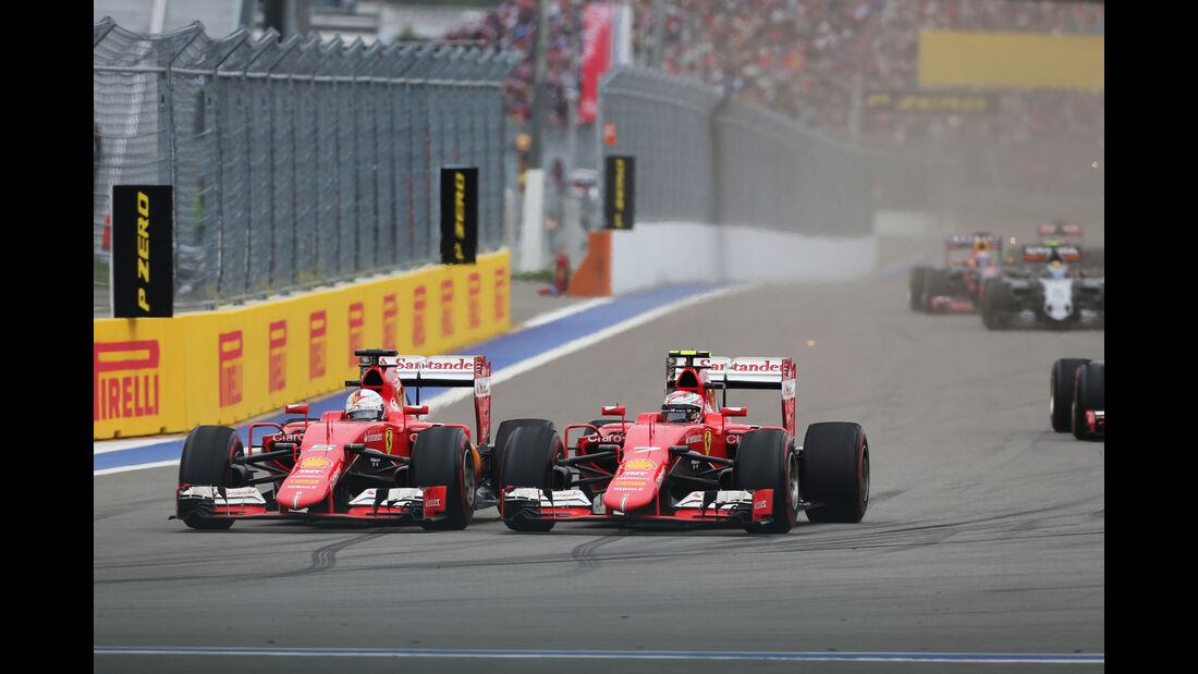 Sebastian Vettel - Kimi Räikkönen - Ferrari - GP Russland 2015 - Sochi - Rennen