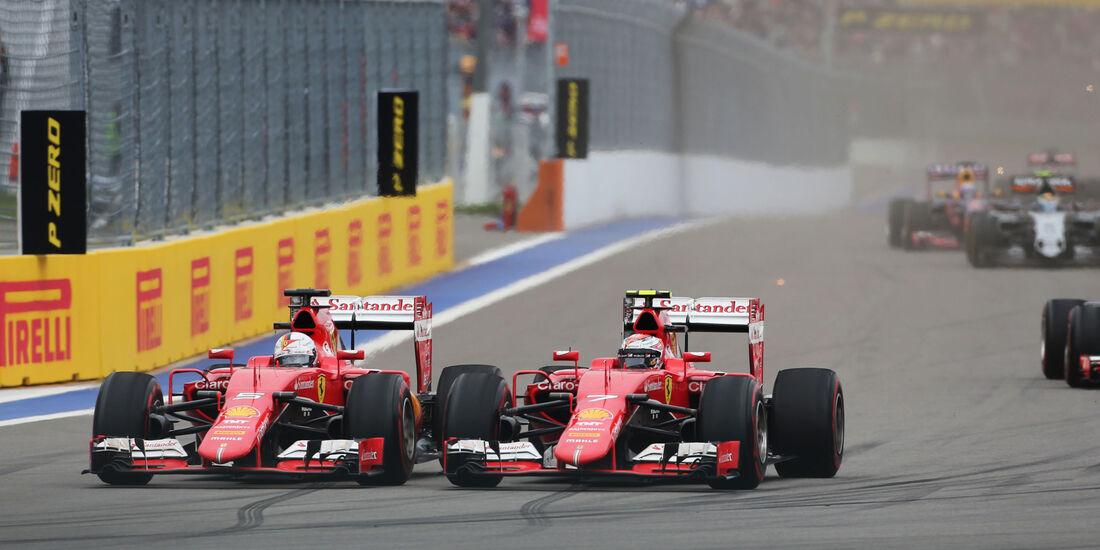 Sebastian Vettel - Kimi Räikkönen - Ferrari . GP Russland 2015 - Sochi