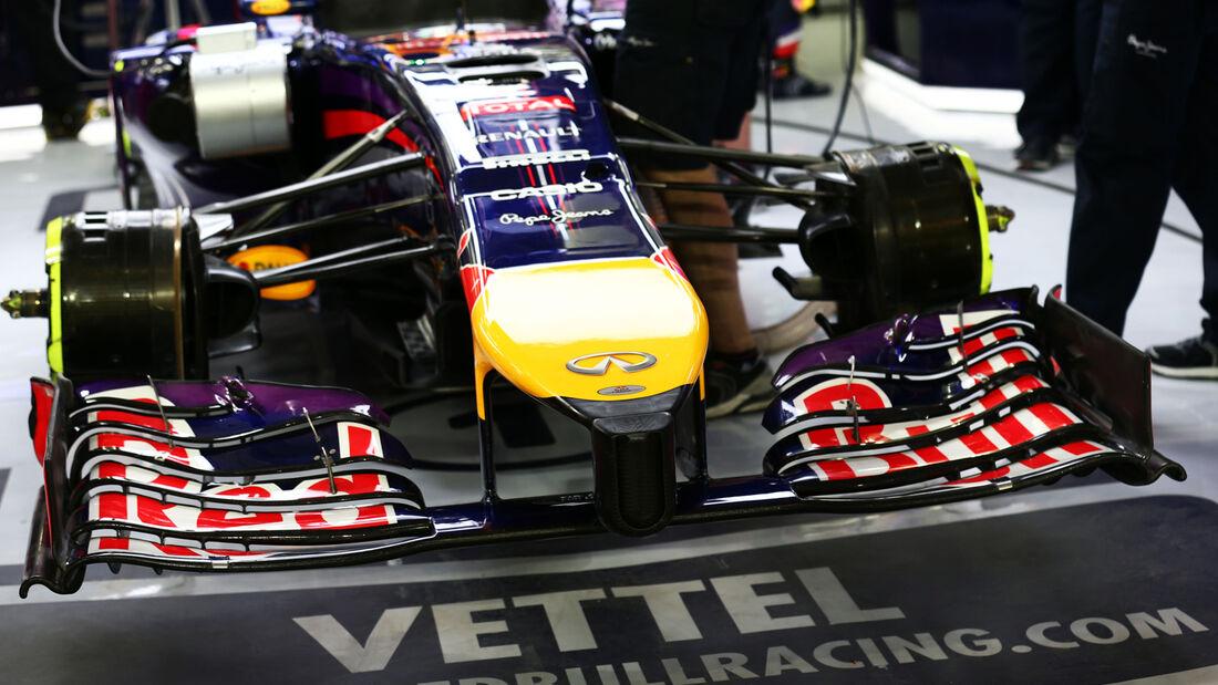 Sebastian Vettel - Red Bull - Formel 1 - GP Bahrain - Sakhir - 4. April 2014