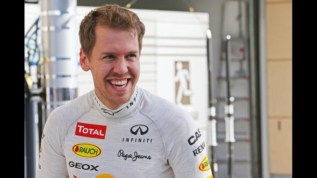 Sebastian Vettel - Red Bull - Formel 1 - Test - Bahrain - 1. März 2014