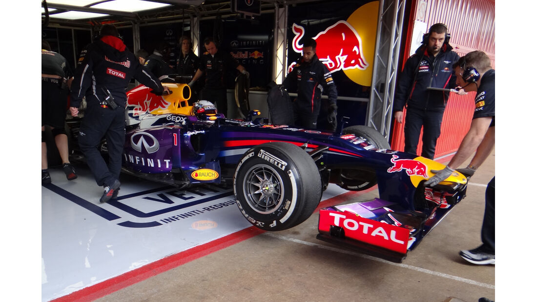 Sebastian Vettel - Red Bull - Formel 1 - Test - Barcelona - 19. Februar 2013