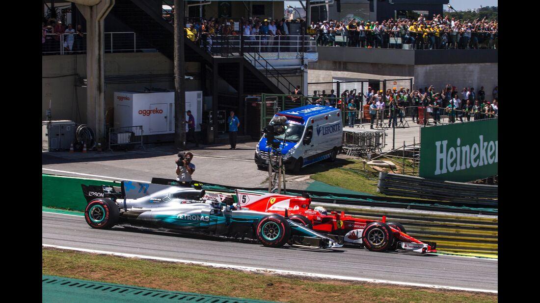 Sebastian Vettel - Valtteri Bottas - Formel 1 - GP Brasilien - 12. November 2017