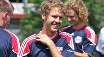 Sebastian Vettel beim Fußballtraining
