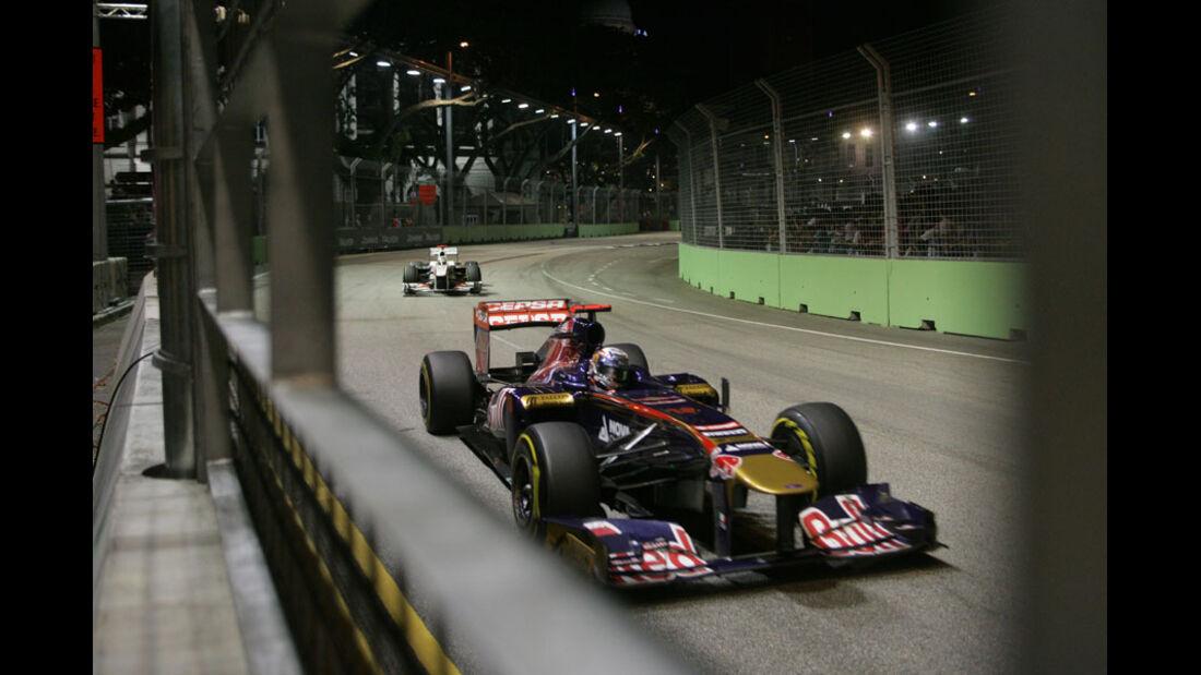 Sebastien Buemi GP Singapur 2011