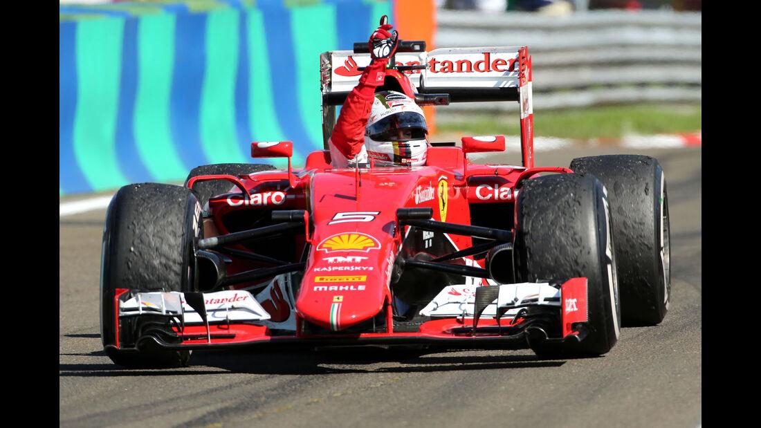 Sebstian Vettel - Ferrari - GP Ungarn - Budapest - Rennen - Sonntag - 26.7.2015