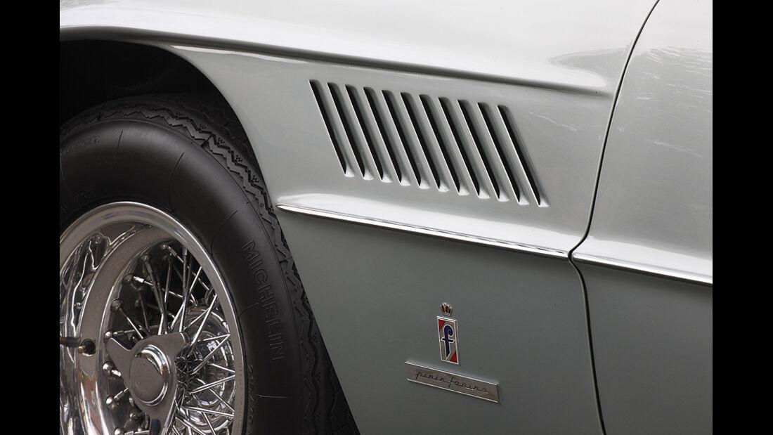 Seitliche Kiemen des Ferrari 400 Superamerica Aerodinamico Coupé