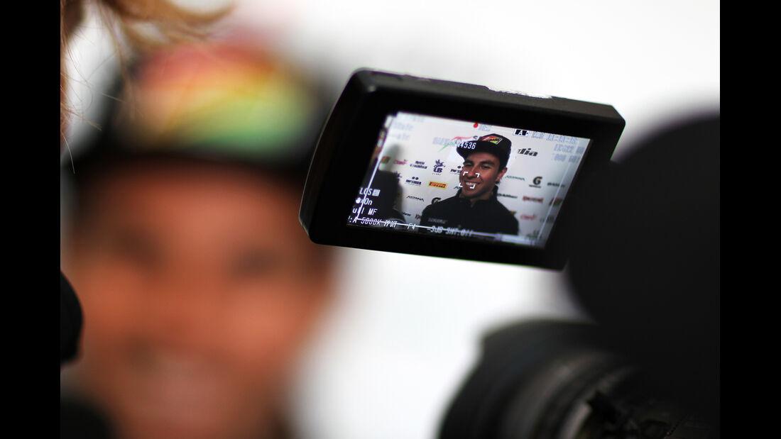 Sergio Perez - Force India - Bahrain - Formel 1 Test - 2014