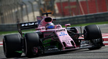 Sergio Perez - Force India - Formel 1 - GP Bahrain - Sakhir - Training - Freitag - 14.4.2017