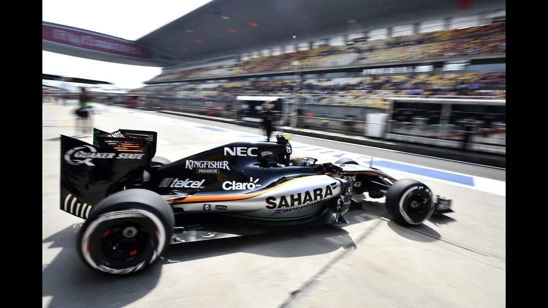 Sergio Perez - Force India - Formel 1 - GP China - Shanghai - 10. April 2015
