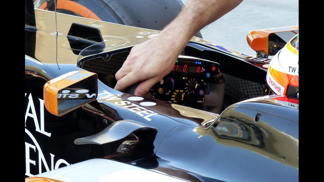 Sergio Perez - Force India - Formel 1 - Test - Bahrain - 22. Februar 2014