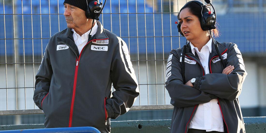Sergio Perez, McLaren, Monisha Kaltenborn, Sauber, Formel 1-Test, Jerez, 5.2.2013