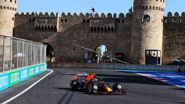 Sergio Perez - Red Bull - Formel 1 - GP Aserbaidschan - Baku - Samstag - 5.6.2021