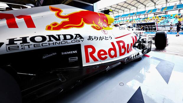 Sergio Perez - Red Bull - Formel 1 - GP Türkei - Istanbul - 8. Oktober 2021