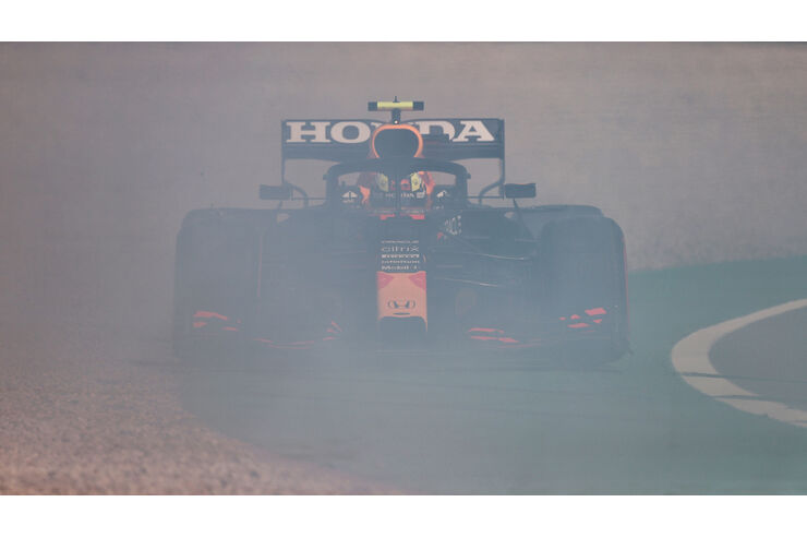 F1-Fotos-GP-Spanien-Qualifikation-Perez-neben-der-Spur