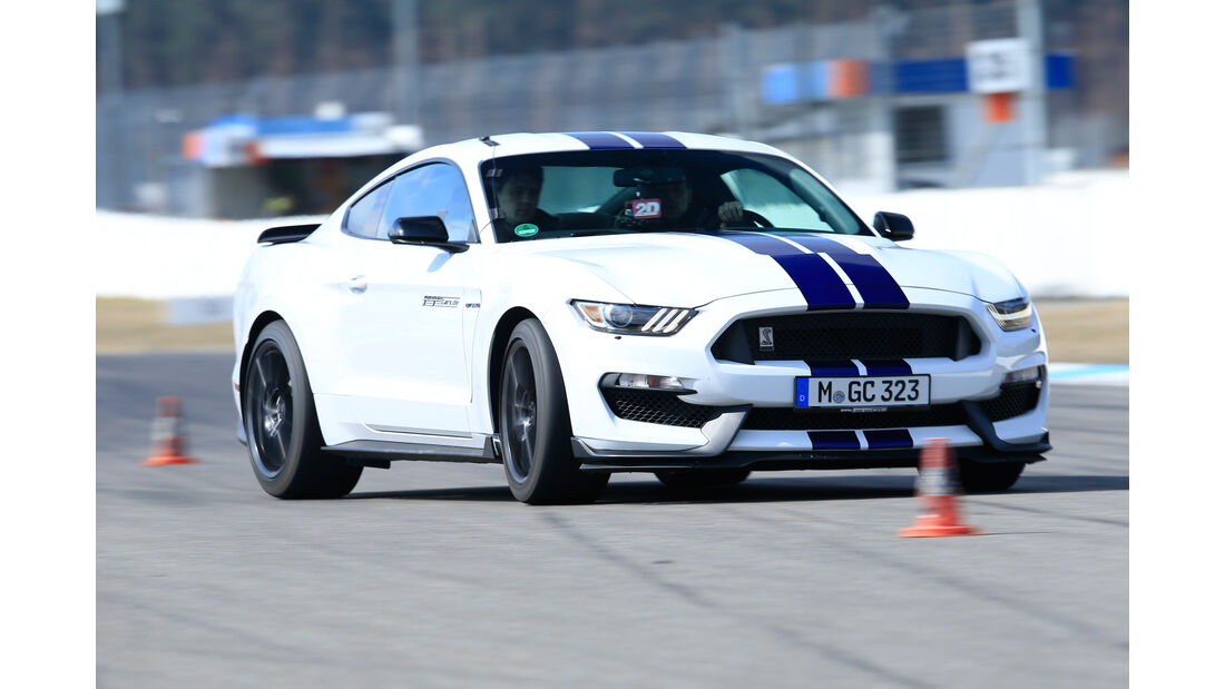 Shelby GT350 Mustang, Frontansicht, Slalom
