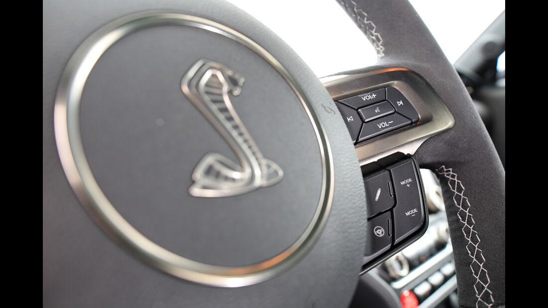 Shelby GT350 Mustang, Lenkrad