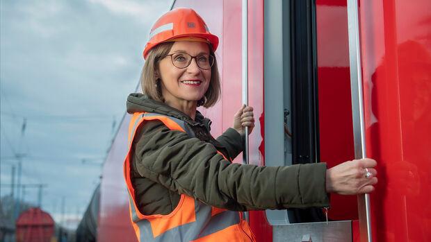 Sigrid Nikutta  Vorstand Güterverkehr Deutsche Bahn AG Kongress 2020 Speaker