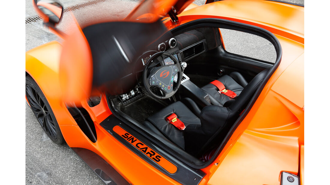 Sin Cars Sin R1, Cockpit, Fahrersitz