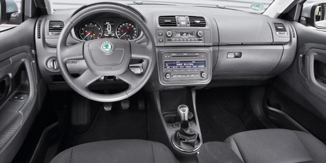 Skoda Fabia 1.2 TSI Innenraum Cockpit