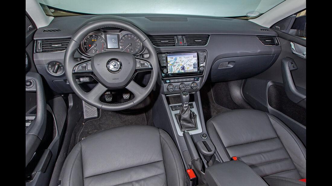 Skoda Octavia 1.4 TSI Elegance, Cockpit