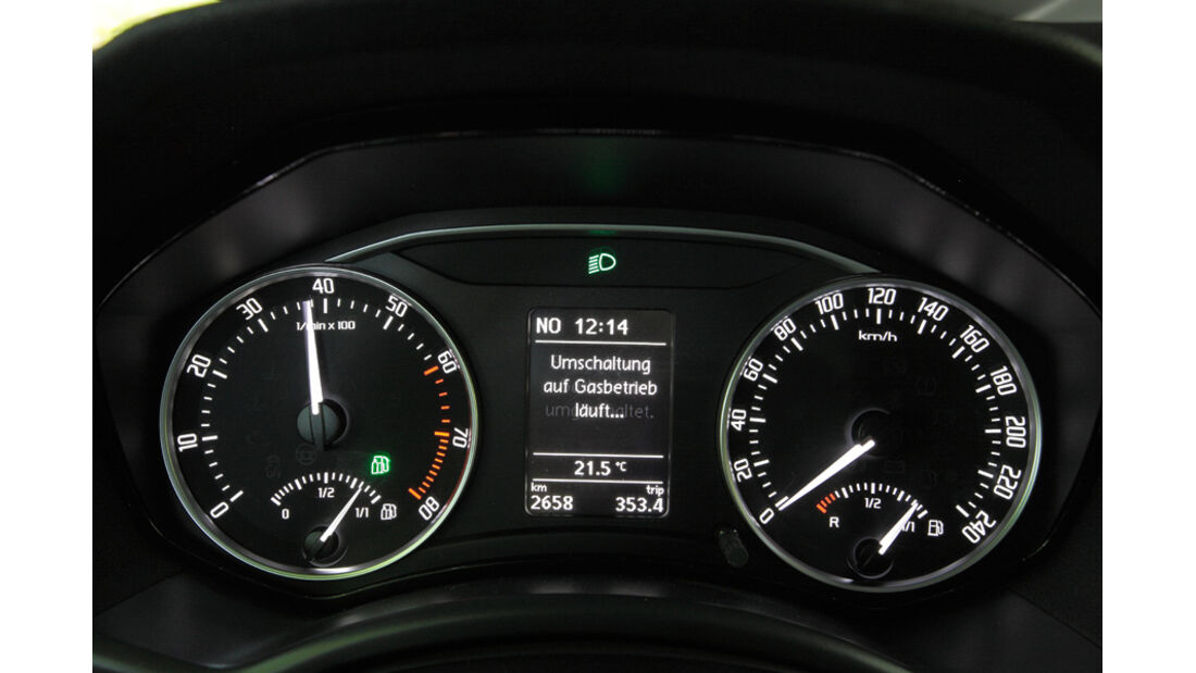 Skoda Octavia 1.6 LPG, Rundinstrumente