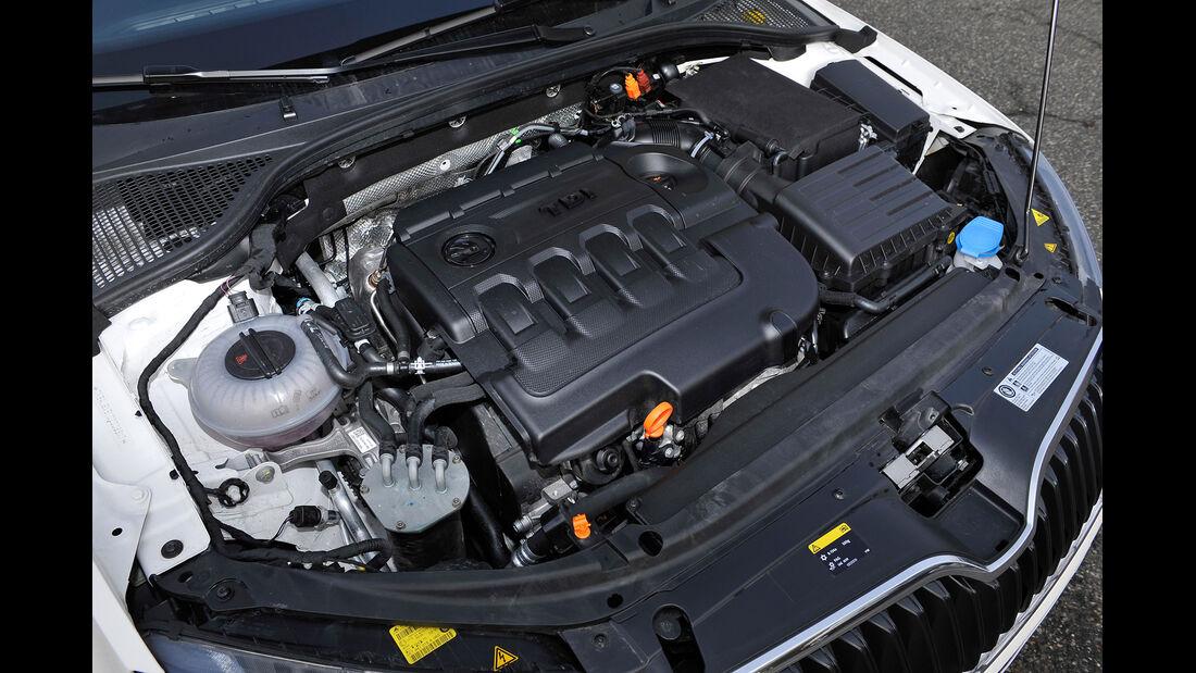 Skoda Octavia 2.0 TDI, Motor