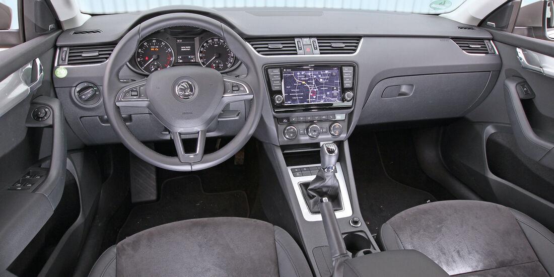 Skoda Octavia, Cockpit, Lenkrad