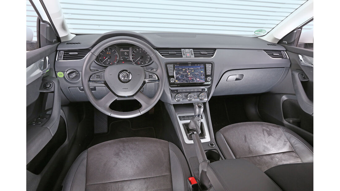 Skoda Octavia Combi 1.4 TSI, Cockpit