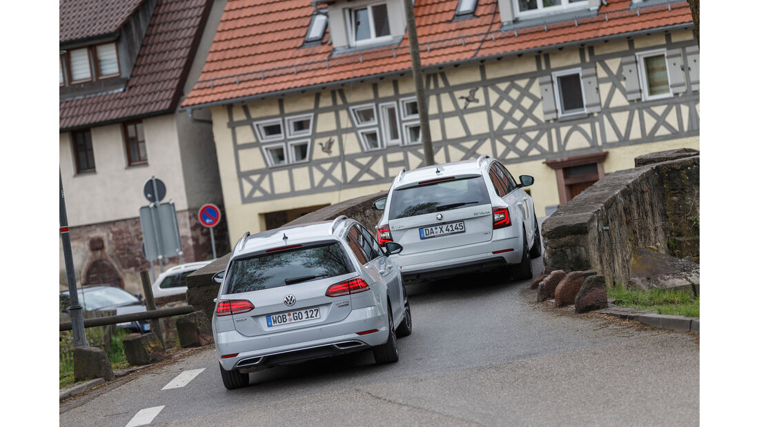 Skoda Octavia Combi 2.0 TDI 4x4, VW Golf Variant 2.0 TDI 4Motion, Heckansicht