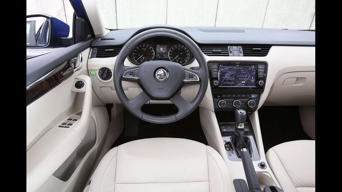 Skoda Octavia Combi, Cockpit