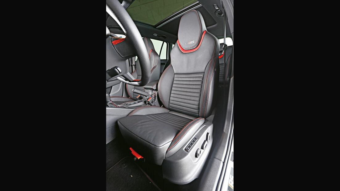 Skoda Octavia RS 230 Combi, Fahrersitz
