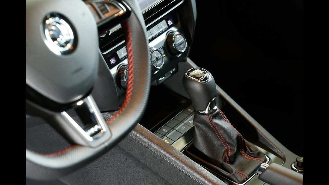Skoda Octavia RS 230 Combi, Schalthebel