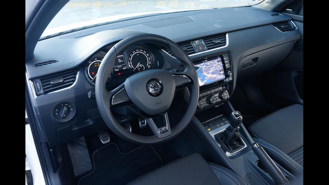 Skoda Octavia RS Combi, Cockpit