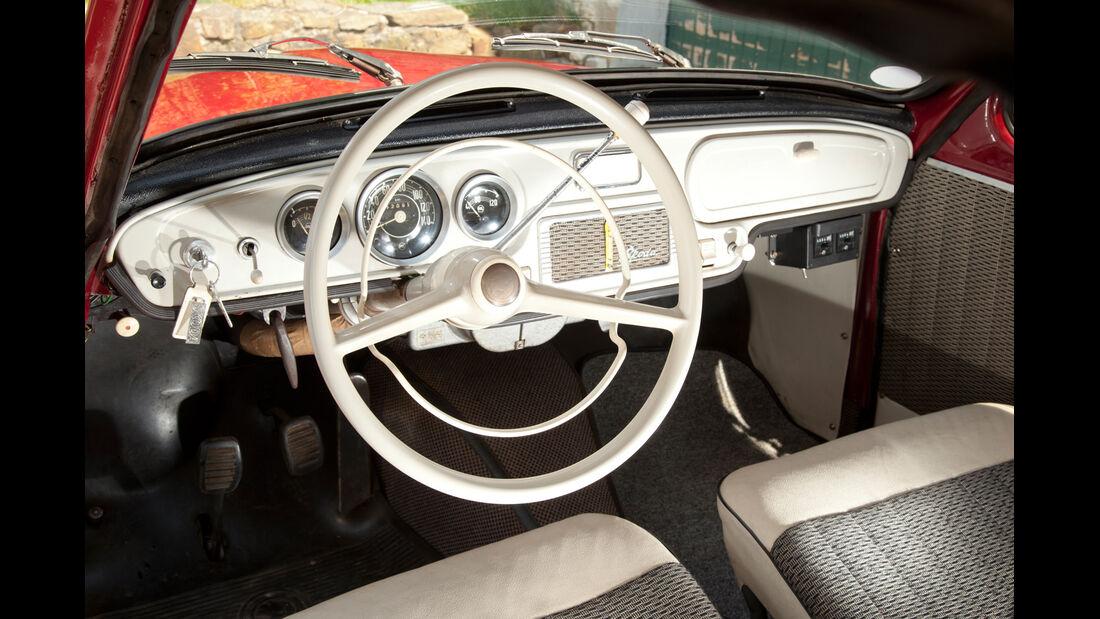 Skoda Octavia Super, Cockpit, Lenkrad