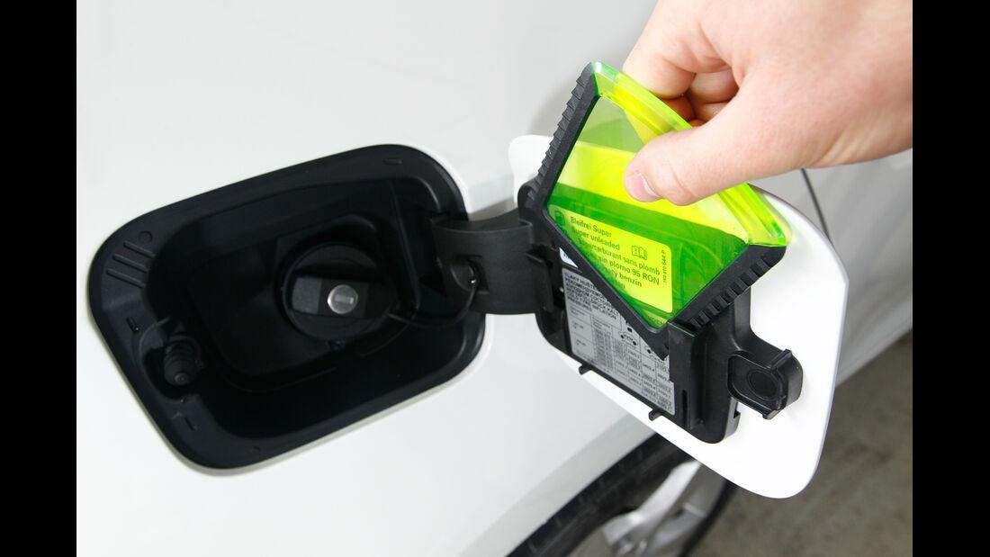 Skoda Rapid 1.2 TSI Green Tec, Tankdeckel