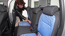 Skoda Roomster, Sitze umklappen, Brigitte Haschek