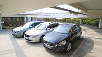 Skoda Superb Combi 1.6 TDI GreenLine, VW Passat Variant BlueMotion, Volvo V60 Drive Summum, Front