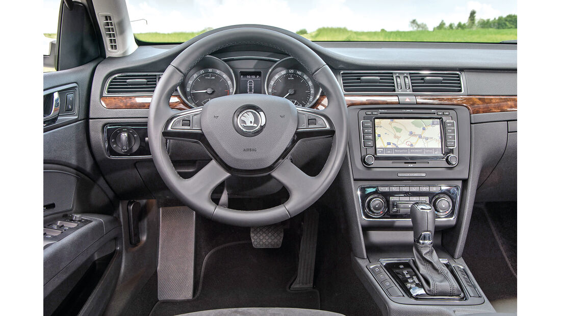 Skoda Superb Combi, Cockpit
