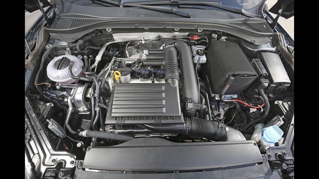 Skoda Superb Combi, Motor