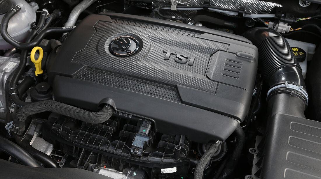 Skoda Superb, Motor