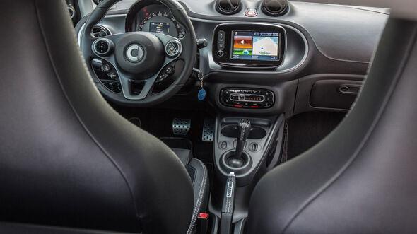 Smart Brabus Fortwo, Cockpit