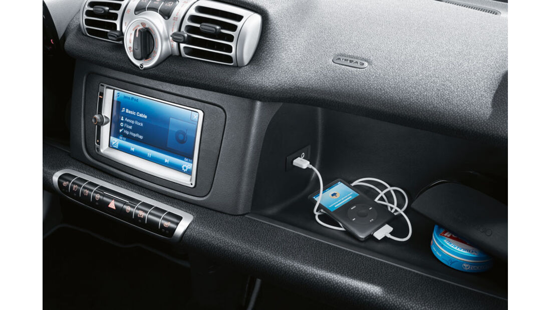 Smart Fortwo, USB-Port und AUX-In
