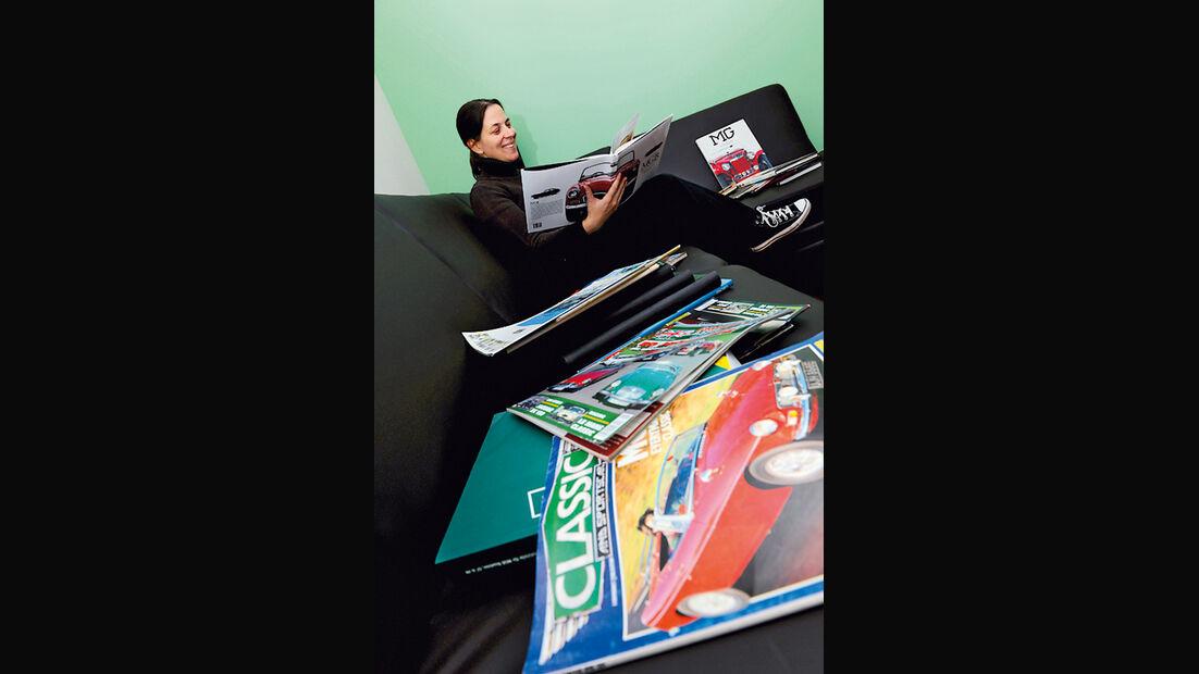 Sofa, Autohefte, Magazine