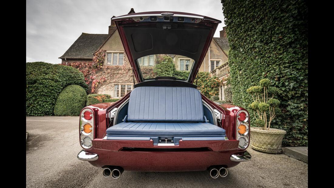 Speedback GT, Kofferraum, Bank