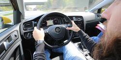 Sprachbedienung Test AMS1317 VW Golf