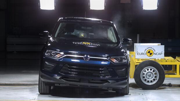 SsangYong Korando - Side crash test 2019