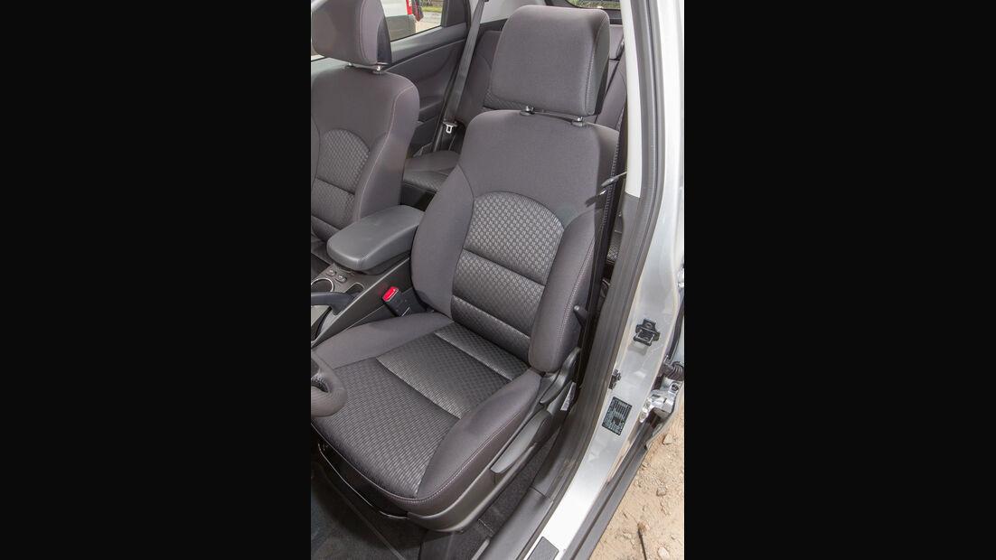 SsangYong Korando e-XDi 200, Fahrersitz