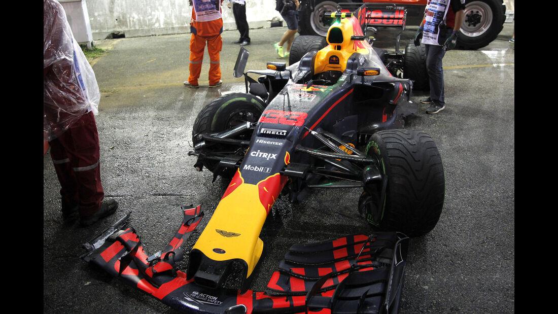 Start-Crash - GP Singapur 2017