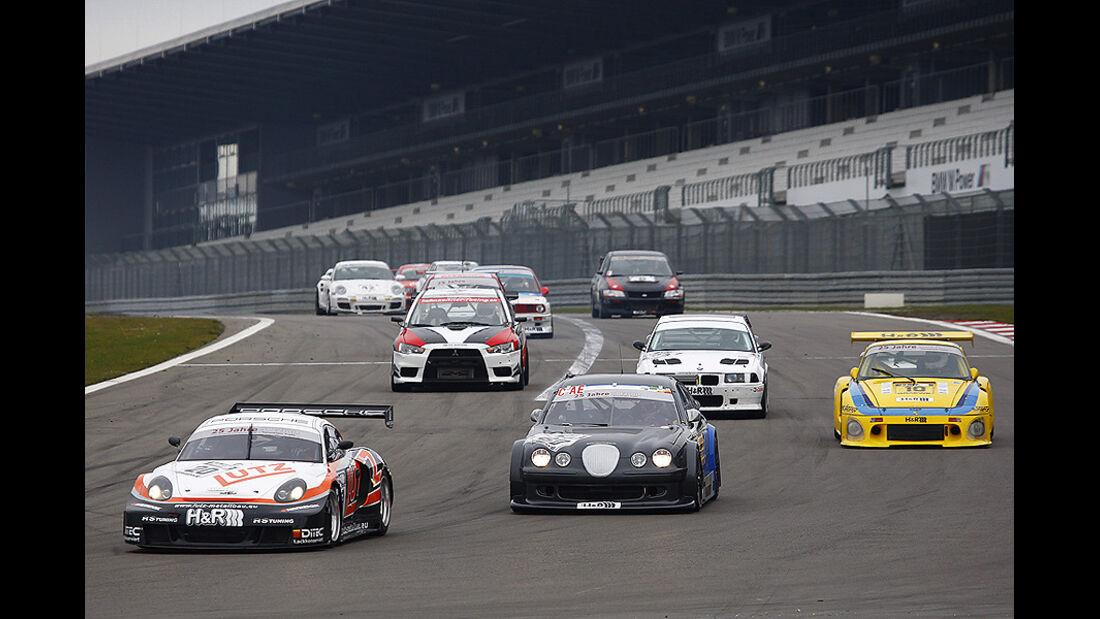 Start Finale Nürburgring; Reiner Lutz (Porsche Cayman), Joakim Ottersen (V8 STAR), Jörg Lorenz (Porsche dp 935)