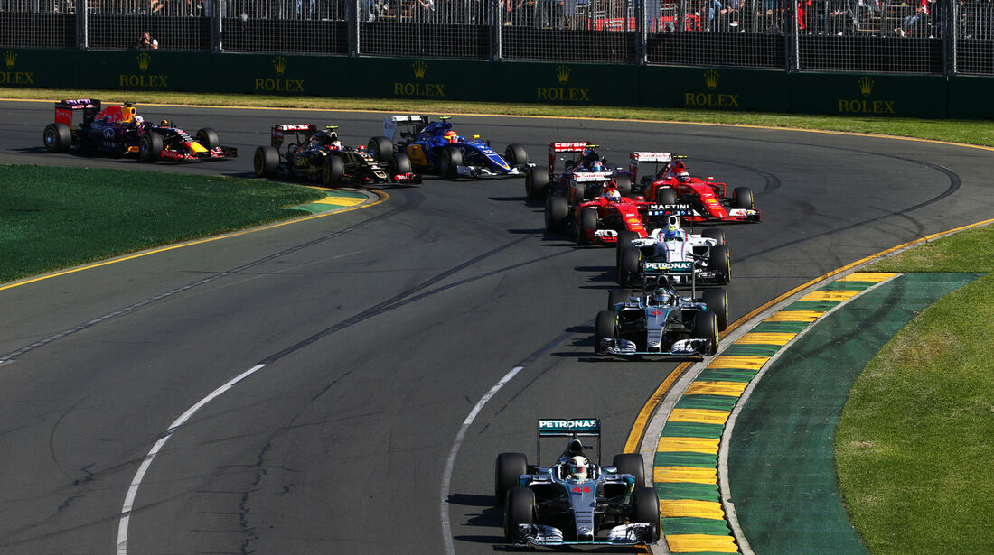 Start - Formel 1 - GP Australien 2015